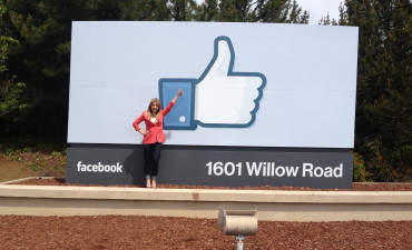 http://www.rachelsstylishlife.com/beyond/tour-of-the-facebook-headquarters-in-menlo-park-ca/